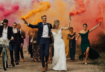 Making a Grand Exit: 15 Unconventional Wedding Send Off Ideas