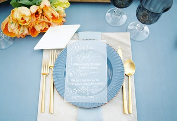 How to Create Your Wedding Guest List with Refined Romance