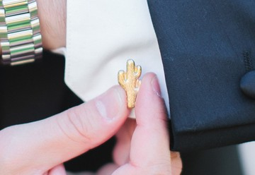 10 Cool Cufflink Ideas to Gift Your Groomsmen