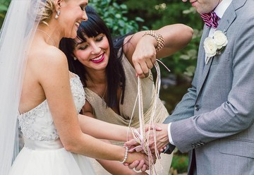 7 Alternative Unity Ceremony Ideas for Your Nonreligious Wedding