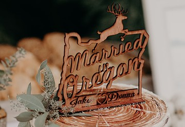 Married in Oregon Cake Topper