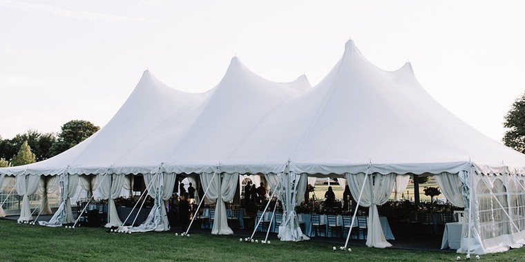 Tips For Planning a Tented Wedding