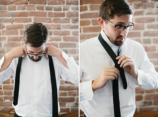 How to tie a tie were breaking down the simplest most effective way to tie a tie while avoiding anything too long too short off centered or just plain crooked ccuart Images