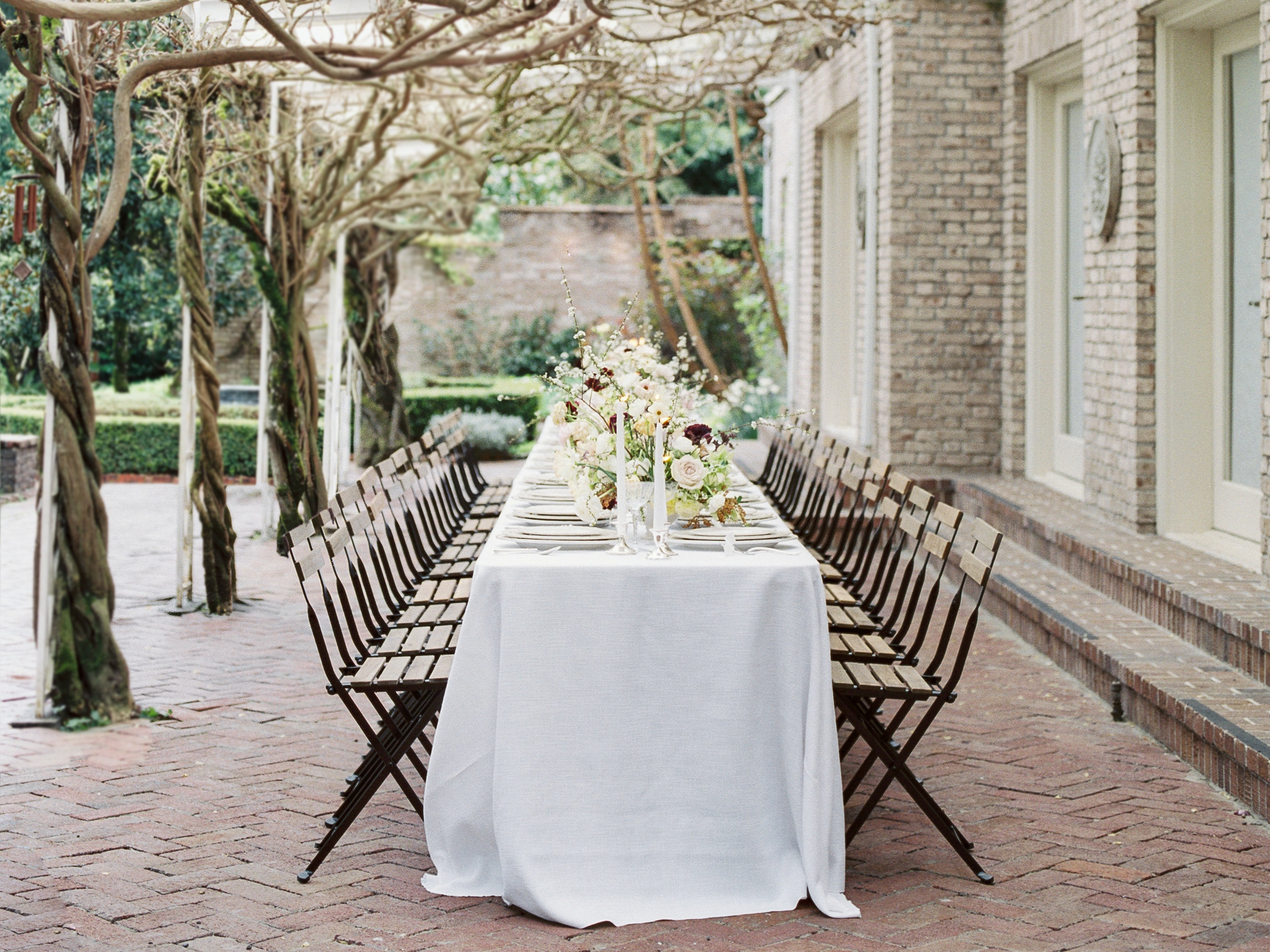 A Cool And Crisp Lakewold Gardens Wedding