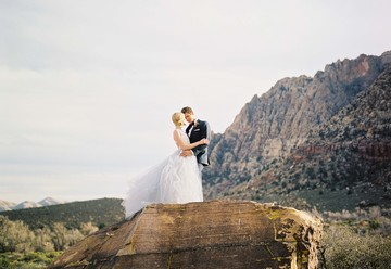Desert Glam Wedding Inspiration