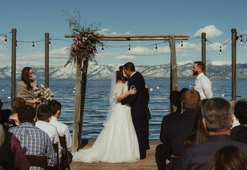Charming Winter Wedding in Lake Tahoe