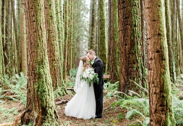 Elegant Forest Wedding Inspiration