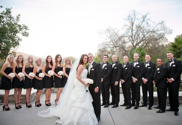 A Black and White Country Club Wedding