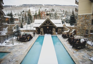 Dreamy Winter Wedding at Four Seasons Vail