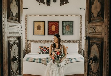 Exotic Wedding Inspiration in Dripping Springs