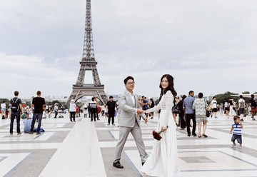 Dreamy Destination Wedding in Paris