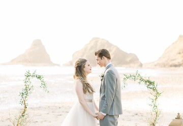 Sweet Pacific Coast Wedding Inspiration